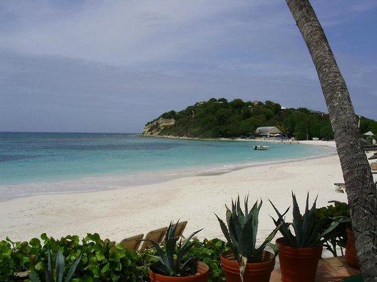 Pineapple Beach Club Antigua : Beautiful beach and coastline