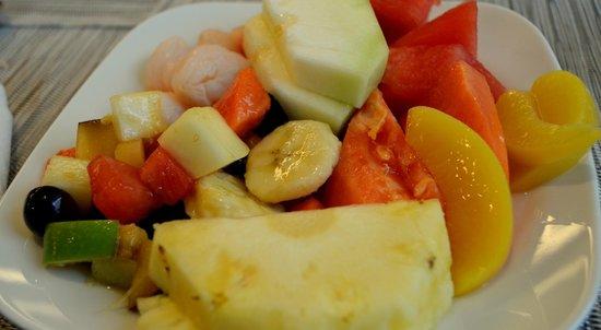 Melia Kuala Lumpur: Yummy fruits