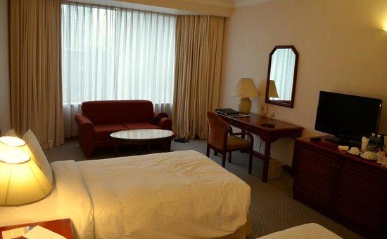 Melia Kuala Lumpur: The Melia Room at Level 3