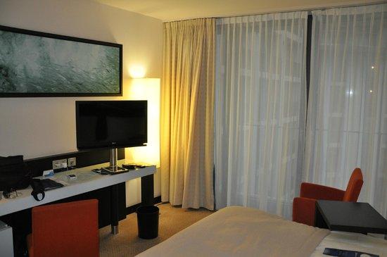 Radisson Blu Hotel, Berlin : la chambre