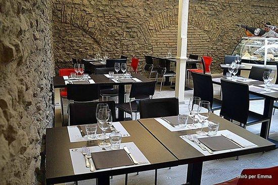 Photo of Italian Restaurant Emma at Via Del Monte Della Farina 28/29, Rome 00186, Italy