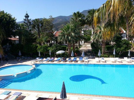 Almond Holiday Village : Pool area