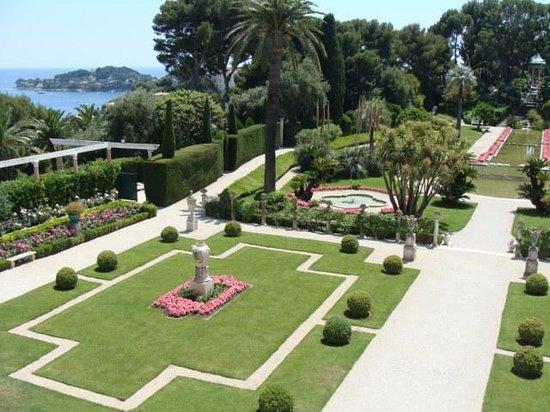 Villa & Jardins Ephrussi de Rothschild: French garden