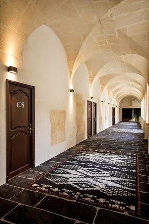 Hôtel & Spa Jules César Arles MGallery by Sofitel : Couloir
