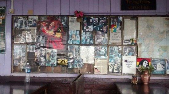 Hot Stimulating Cafe : Bob Marley