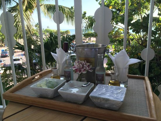 Ocean Key Resort & Spa: Build Your Own Mojitos on our Balcony