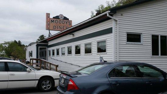 Moody's Diner in Waldoboro ME