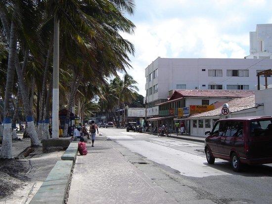 Sol Caribe San Andres: Vista da entrada do Hotel