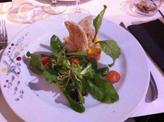 Solidor: Tartare de Saumon - Mangue Fraiche Coupé Minute