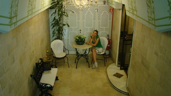 Atlante Garden Hotel: ingresso albergo