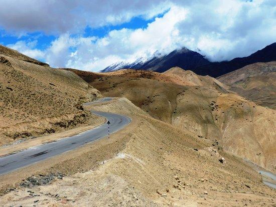 Lamayuru : The National highway 1 winds thru moonland