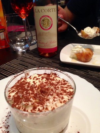 0039 Ristorante Italiano : Yummy desert! Definitely have one!