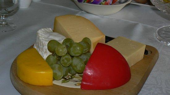 Birchwood: Leckere Käseplatte