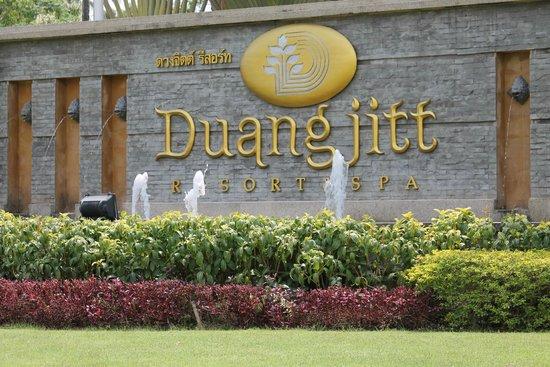 Duangjitt Resort & Spa: indgang