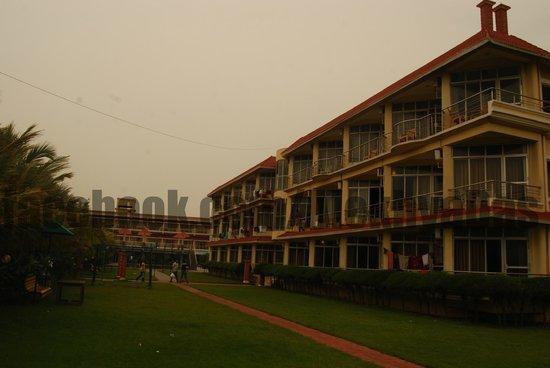 Hotel Sonar Bangla - Mandarmoni: Deluxe section