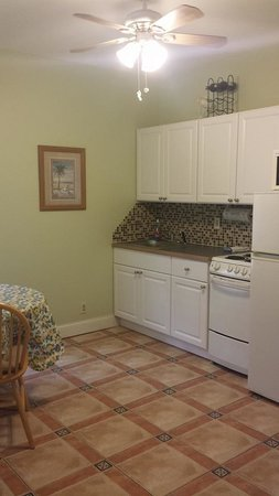 Coral House Hotel: Remodeled Kitchen in 2014