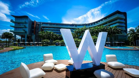 W Pool - Picture of W Singapore - Sentosa Cove, Sentosa Island ...