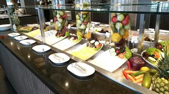 XO Hotels Park West: Petit déjeuner