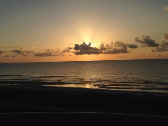 Summer Beach Resort: Sunrise view from the room