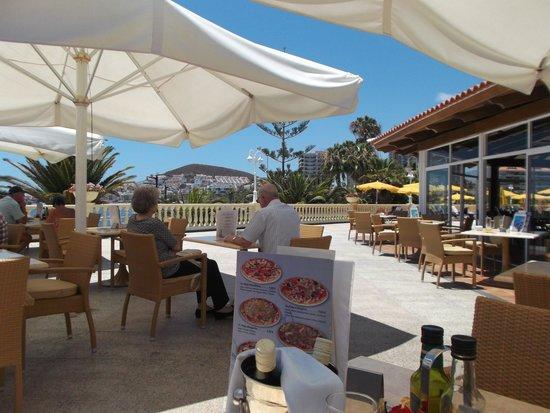 Spring Arona Gran Hotel: Terrace bar