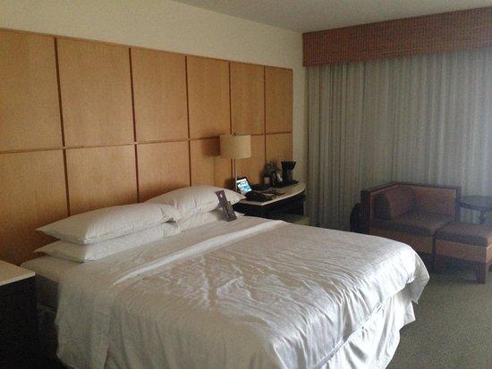 Sheraton Waikiki: Room 2619
