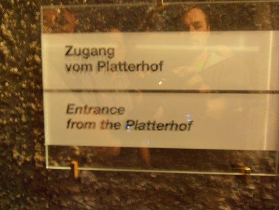 Dokumentation Obersalzberg: Hinweisschild