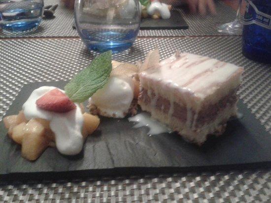 Crazy Chef: Sponge Cake Peaches Icecream