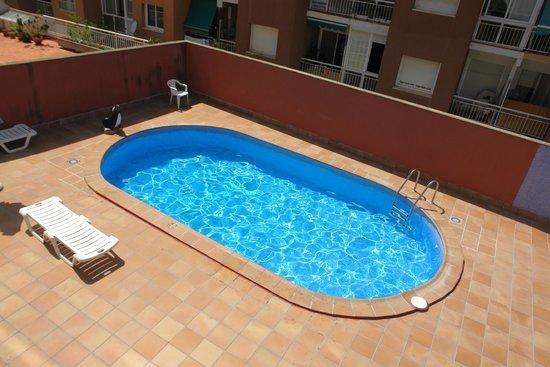 Hotel Flora Parc: Piscina