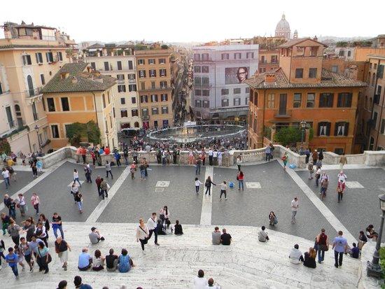 Spanische Treppe (Piazza di Spagna): Vista general