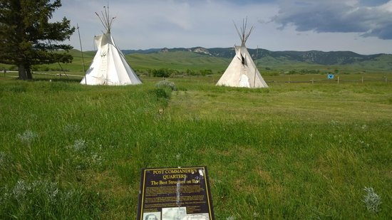 Fort Phil Kearny State Historic Site: Tepees