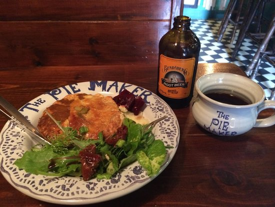 The Pie Maker : Curry chicken pie and rootbeer!