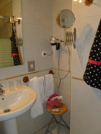 Hotel Don Paula: Salle de bains