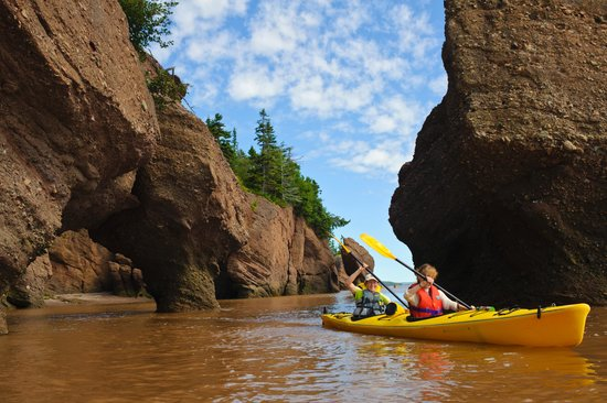 "Baymount Outdoor Adventures: ""Kayak The Rocks"""