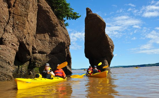 Hopewell Cape, Canada: Heading down the Bay of Fundy