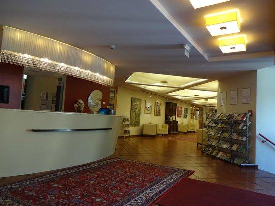 Parkhotel Brunauer: Reception area