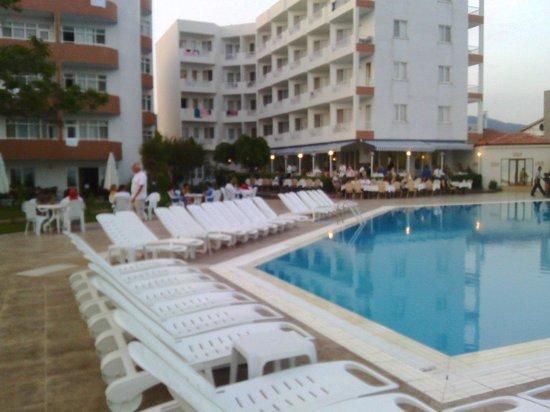 Hotel Rena: Hotel