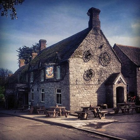 The Bankes Arms Country Inn: My instagram photograph of the pub from www.moonklash.com/photography
