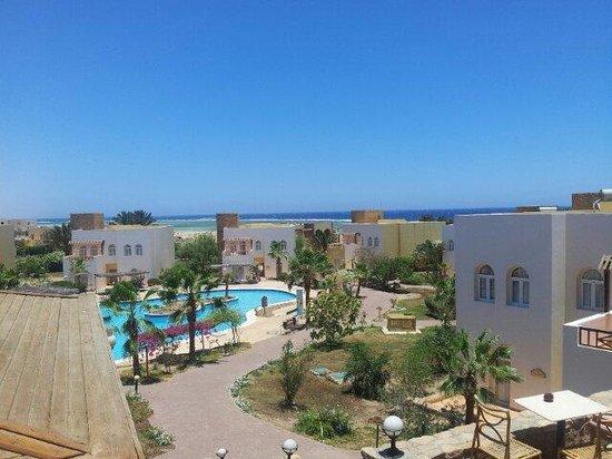 giardini e in fondo la spiaggia picture of solitaire resort marsa rh tripadvisor co za