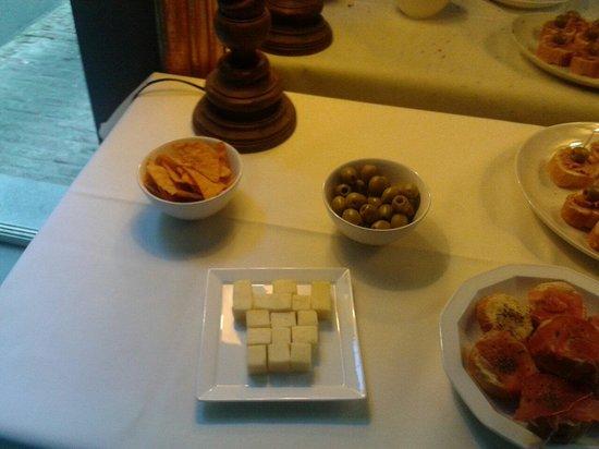 Hotel Gravensteen: Free tapas at saturday