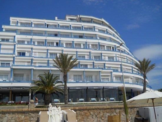 Hotel Terramar: View of Terramar from the beach.