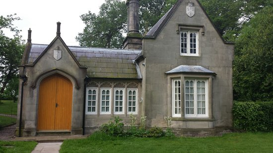 Combermere Abbey: The Stone lodge