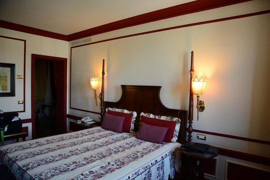 Santa Maria Novella Hotel: bedroom suite 608