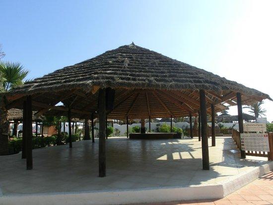 Fiesta Beach Club Djerba : Überdachter Fitnessbereich
