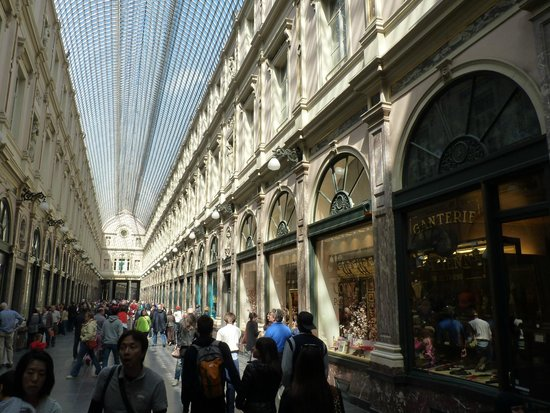 Les Galeries Royales Saint-Hubert : binnen