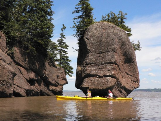 "Baymount Outdoor Adventures: ""Kayak the Rocks"" 44' tide at ET Rock"