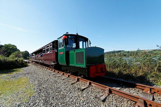 Waterford & Suir Valley Railway: Journey beside the River Suir. Co Waterford