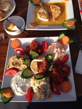 Cafe Vita Restaurant : Delicious meze