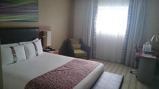 Holiday Inn Reading - M4, Jct 10: room