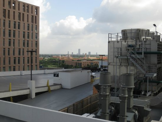 Houston Marriott Medical Center/Museum District: View from 10th floor, facing Rice University.