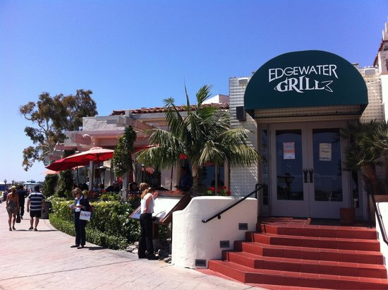 Edgewater Grill : Sitting outside a must